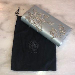 (NWT) Natori Silk Hans-Beaded Clutch